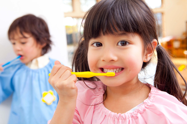 小児歯科・小児矯正で小さい時期から歯の健康を守る